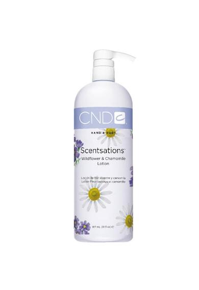 CND Lotiune  Scentsation Wildflower & Chamomile pentru hidratare, 917 ml Femei