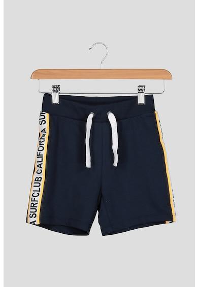 NAME IT Pantaloni scurti din bumbac organic, cu vipusca laterala cu model text Baieti