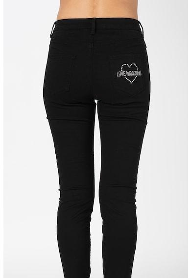 Love Moschino Skinny fit farmernadrág strasszköves logós rátéttel női
