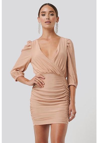 NA-KD Átlapolós ruha húzott részletekkel női