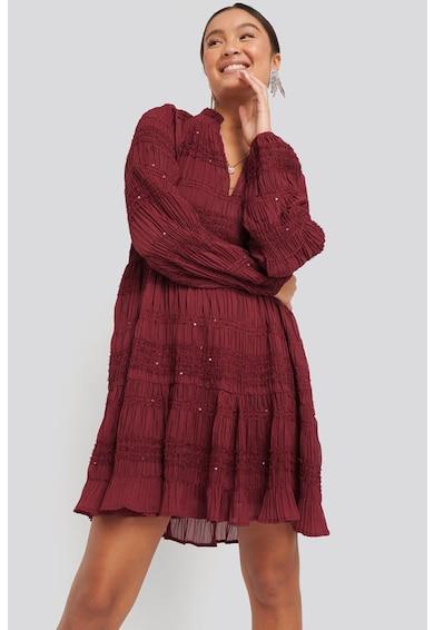 NA-KD Bővülő ruha flitteres rátétekkel női