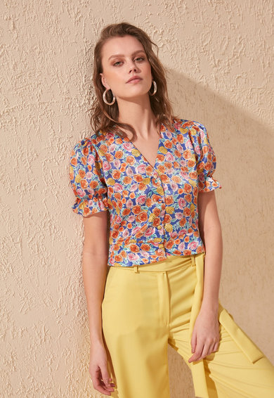 Trendyol Bluza crop cu model floral Femei