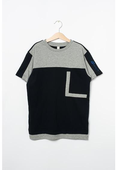 Esprit Kerek nyakú póló kontrasztos részletekkel Fiú