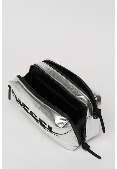 Diesel Farah fémes hatású keresztpántos táska logóval női