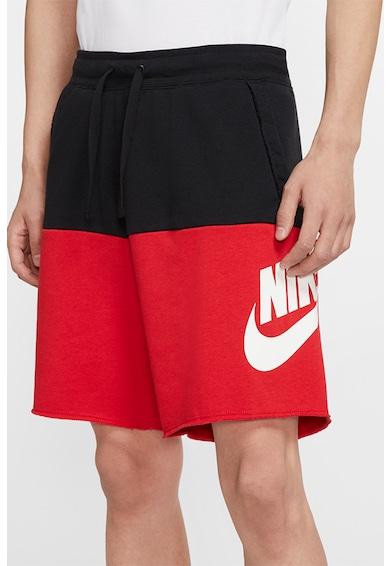 Nike Alumni rövid szabadidőnadrág colorblock dizájnnal férfi