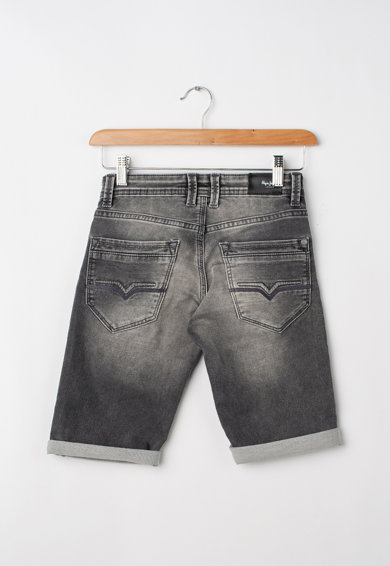 Pepe Jeans London Cashed slim fit rövid farmernadrág mosott hatással Fiú