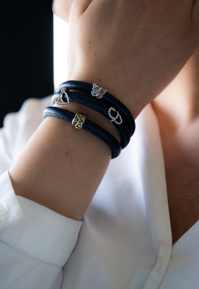 Christina Jewelry&Watches Christina Jewelry& Watches, Bratara de piele cu talismane de argint Femei