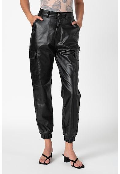 Missguided Magasított derekú műbőr nadrág női