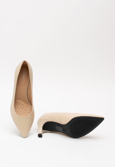 Geox Bibbiana hegyes orrú bőrcipő női