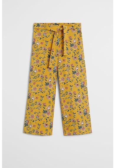 Mango Pantaloni cu croiala ampla si model floral Lucia Fete