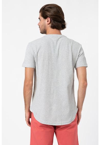Trendyol Tricou cu decolteu la baza gatului si aspect striat Barbati