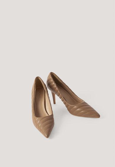 NA-KD Pantofi stiletto cu varf ascutit si aspect matlasat Femei
