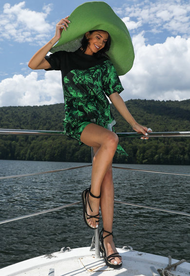 MIAU by Clara Rotescu Trópusi mintás selyemtartalmú blúz és rövidnadrág szett női