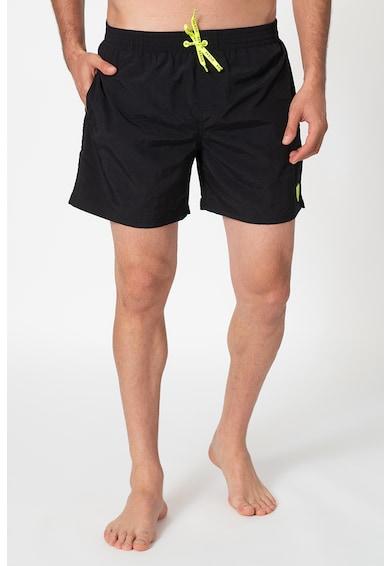 Guess Pantaloni scurti de baie cu logo discret cauciucat Barbati