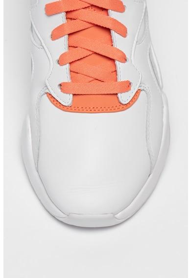 Puma Pantofi sport din piele Nova X Pantone Femei