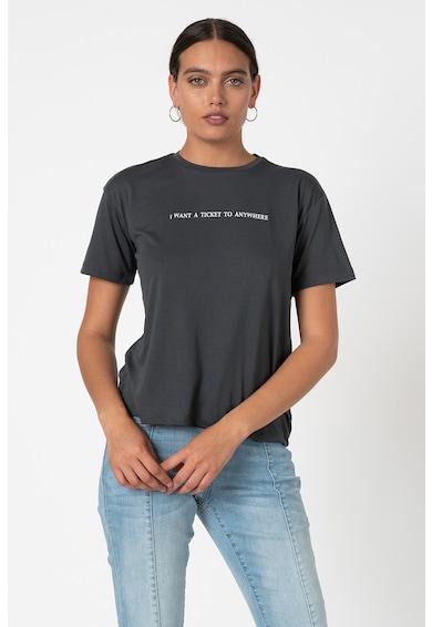 Trendyol Tricou cu decolteu la baza gatului si imprimeu text Femei