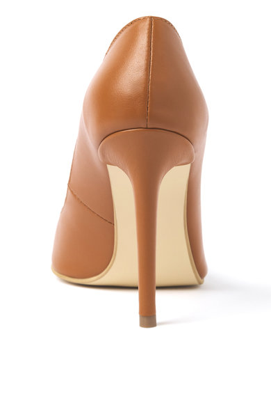 Traces of Heels Pantofi stiletto de piele cu varf ascutit Femei
