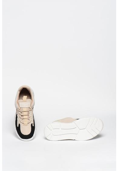 Kendall + Kylie Noemi telitalpú sneaker colorblock dizájnnal női
