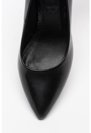 s.Oliver Pantofi din piele cu varf ascutit Femei