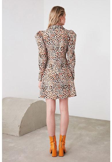 Trendyol Разкроена рокля с бухнали ръкави Жени