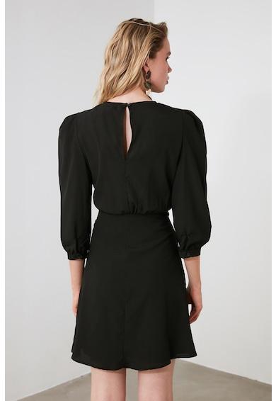 Trendyol Разкроена къса рокля с бухнали рамене Жени