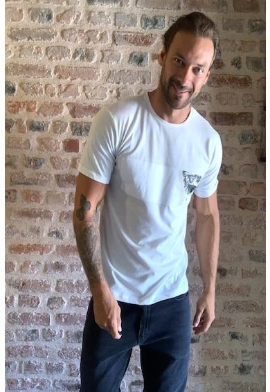 Trendyol Тениска с овално деколте Мъже