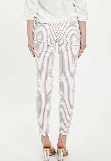 DeFacto Pantaloni skinny cu model in dungi Femei