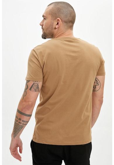 DeFacto Tricou cu decolteu la baza gatului si imprimeu discret Barbati
