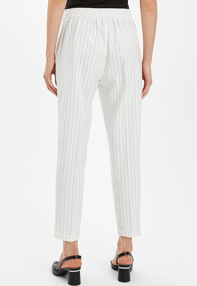 DeFacto Pantaloni crop cu model in dungi Femei