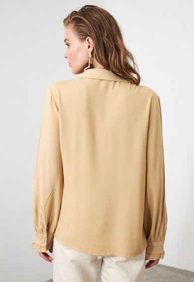 Trendyol Camasa supradimensionata cu guler ascutit Femei