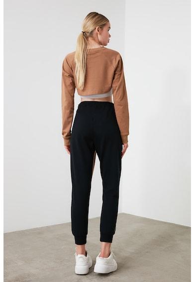 Trendyol Pantaloni sport cu model colorblock si insertii de plasa Femei