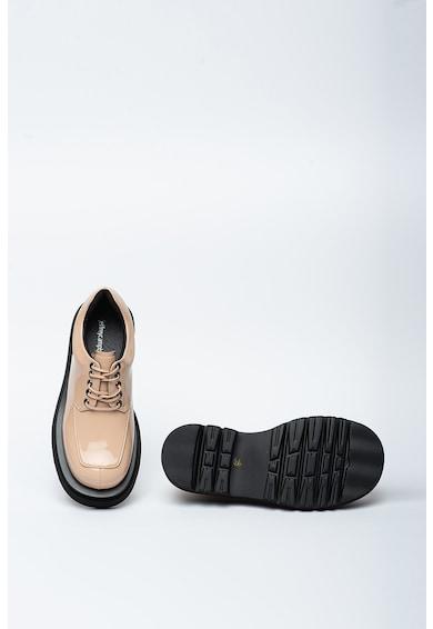 Jeffrey Campbell Pantofi Derby masivi cu aspect lacuit Delante Femei