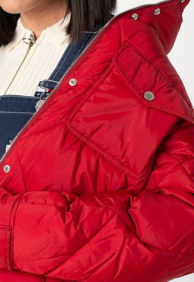 Tommy Jeans Steppelt hatású télikabát női