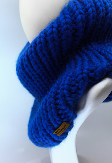 Made in Roșia Montană Fular circular de lana merino, tricotat gros Live Simply Femei