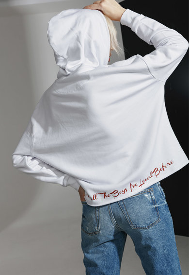 PARLOR Bő fazonú kapucnis organikuspamut pulóver felirattal női
