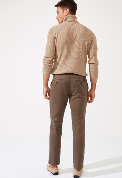 DeFacto Pantaloni chino regular fit Barbati