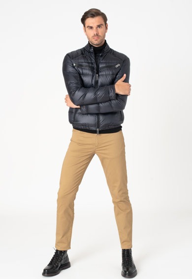 add Pihével bélelt télikabát cipzáros zsebekkel férfi