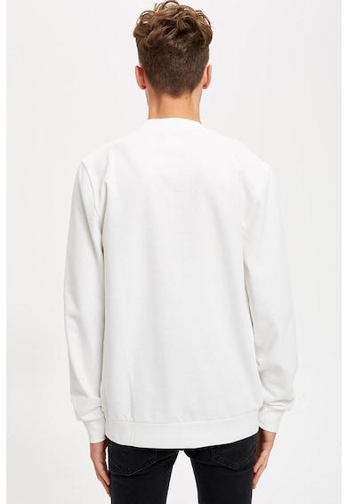 DeFacto Kerek nyakú pulóver domború feliratos mintával férfi