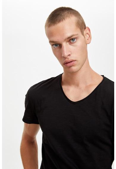 DeFacto Pamutpóló V alakú nyakrésszel férfi