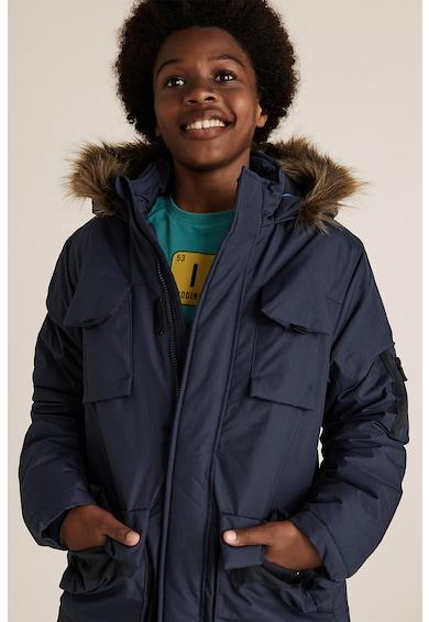 Marks & Spencer Kapucnis bélelt dzseki műszőrme részletekkel Fiú