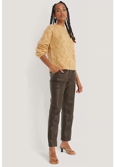 NA-KD Vastag kötésmintájú pulóver női