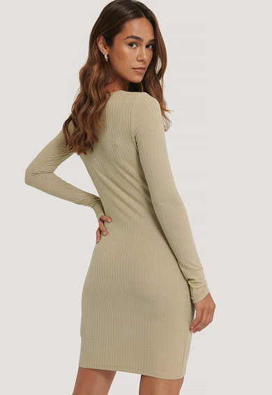 NA-KD Bodycon fazonú ruha szögletes nyakkivágással női