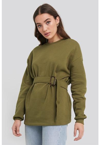 NA-KD Kerek nyakú pulóver megkötővel a derekánál női