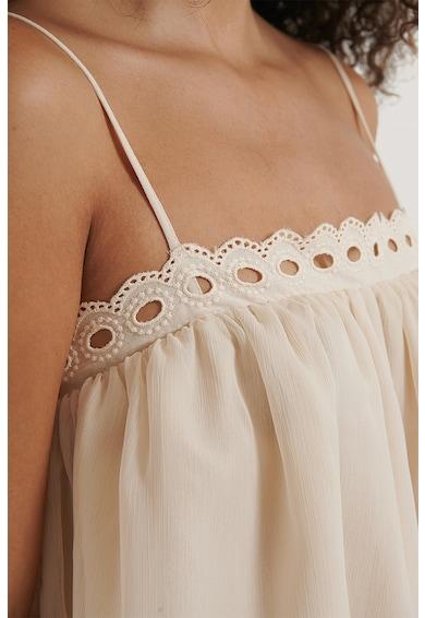 NA-KD Laza fazonú top hímzett részletekkel női