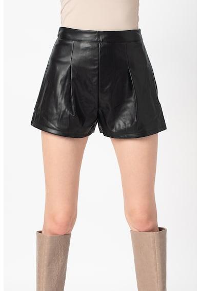 Missguided Műbőr rövidnadrág női