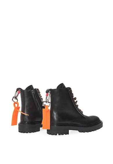 Il Passo Belkis bőrcipő logós kiegészítővel női