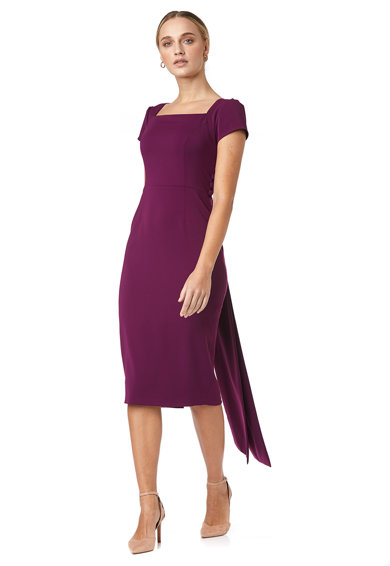 Noria Anis Szűkített fazonú ruha szögletes nyakrésszel női