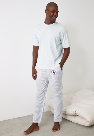 Trendyol Pantaloni de pijama cu model in dungi Barbati