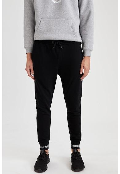 DeFacto Pantaloni jogger conici cu buzunare Barbati
