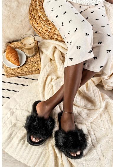 Funky Steps Papuci de casa din blana sintetica Femei